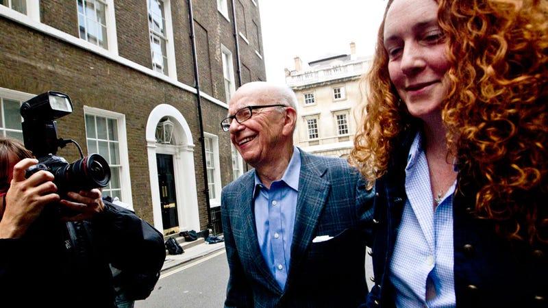 Former Top Murdoch Exec Rebekah Brooks Arrested