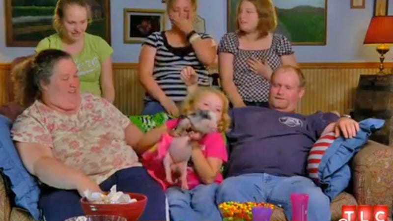 Honey Boo Boo's Sister Gives Birth to Baby With Three Thumbs