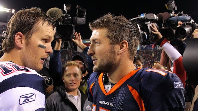 Tom Brady Shows Tim Tebow What A Real Quarterback Looks Like