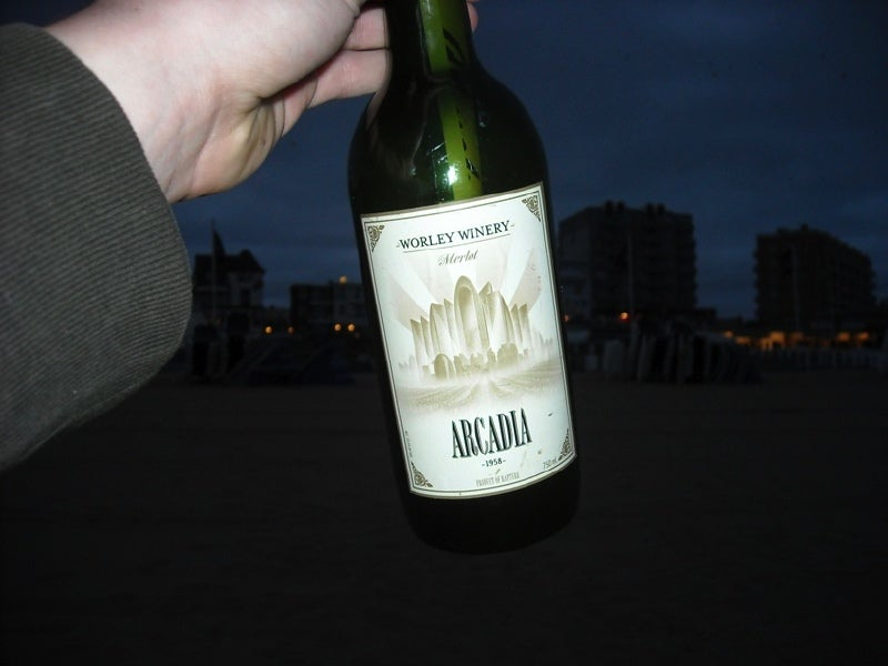 BioShock 2 Beach Event Sends Its Message in Bottles
