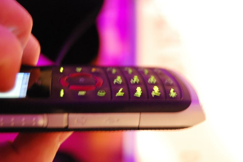 Motorola Shows Off Cheap Sexy Still-Unannounced i335 for Nextel