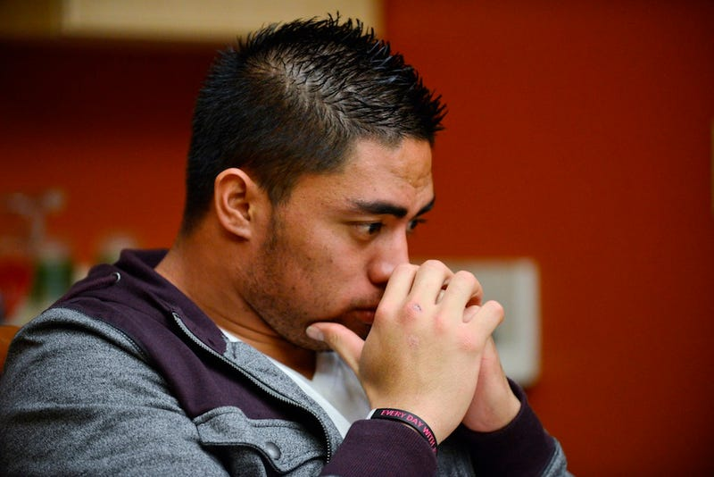 Manti Te'o Quits Twitter in First Good Idea of 2013