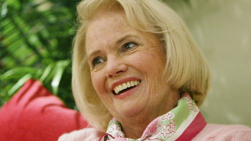 'Queen of Prep' Fashion Designer Lilly Pulitzer Rousseau Was a Unique Dame