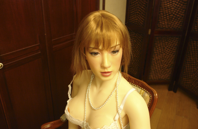 Honey Doll Has Touch Sensors, Moans, Has Fake Orgasms