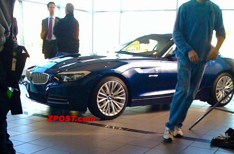 2010 BMW Z4 Revealed By Michael Douglas