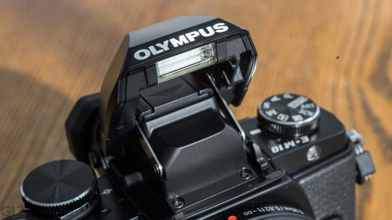 Olympus OM-D E-M10 Review: A Classic Camera Made Adorably Small