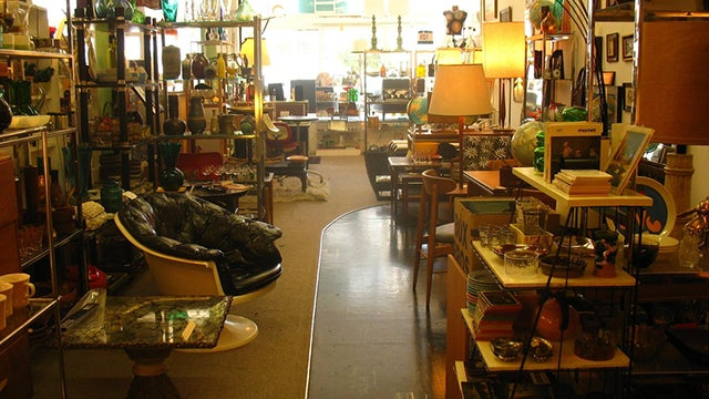Shop Thrift Stores First When Looking for Long-Lasting, Reliable Tools