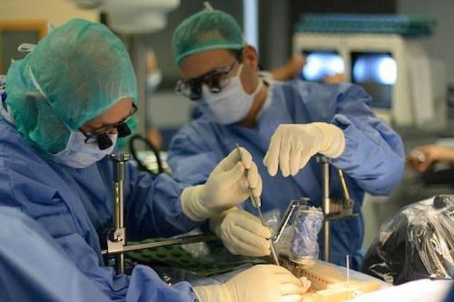 Robot Turns Spinal Surgery Into a Flight Simulator Game