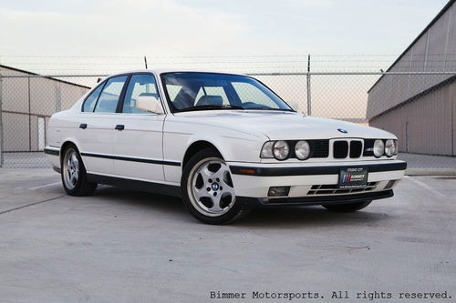 Be a Ninja Star with a $10,000 1991 BMW M5!
