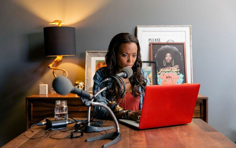 Heads Up: Aisha Tyler's Coming Here to Talk With You (Yes, You)