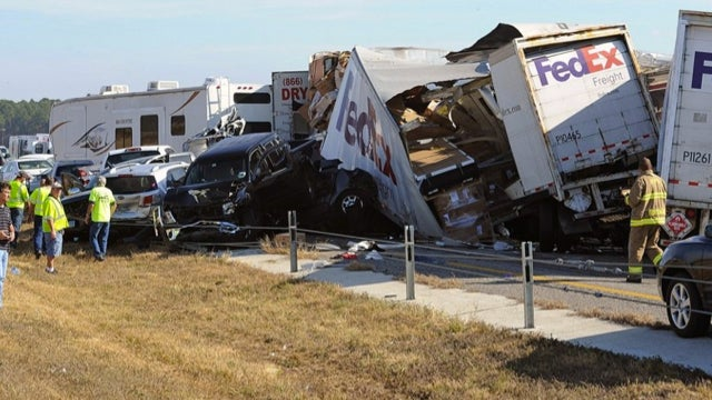 911 Tape From 140-Car Thanksgiving Pileup Describes The Chaos