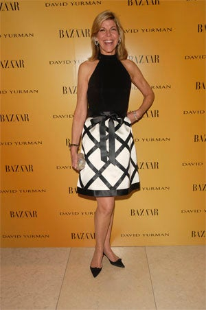 Ashley Olsen, Isabella Rossellini Dress Old For Film Premiere