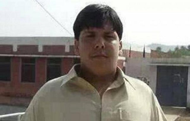 Hero Teen Throws Himself on Suicide Bomber to Save School