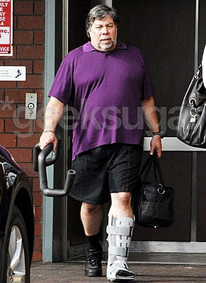 BREAKING: WOZ FRACTURES LEG DANCING WITH THE STARS (OR HAS BIONIC IMPLANT INSTALLED)