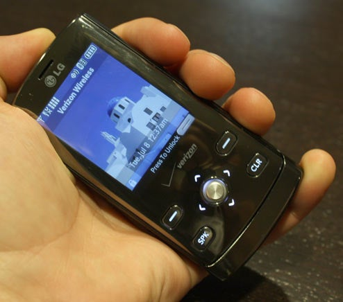 Lightning Review: LG Decoy with Snap-On Bluetooth Earpiece