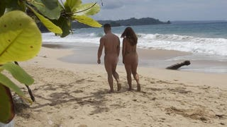 <em>Dating Naked</em> Cast Member Sues After Everybody Sees Her Crotch