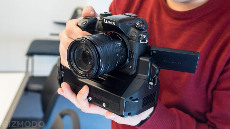 Panasonic's Lumix GH4 Packs 4K Video Into a Sweet Mirrorless Shooter