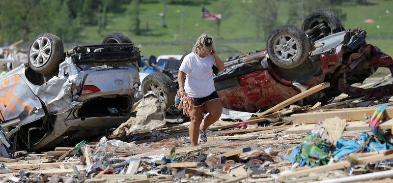 Hillary Clinton Offers Condolences to Tornado Victims in Arkansas