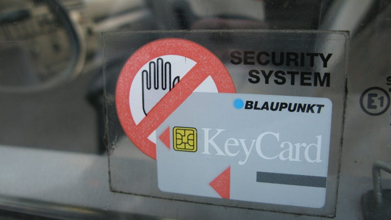 The Ten Best Ways To Keep Your Car From Getting Stolen