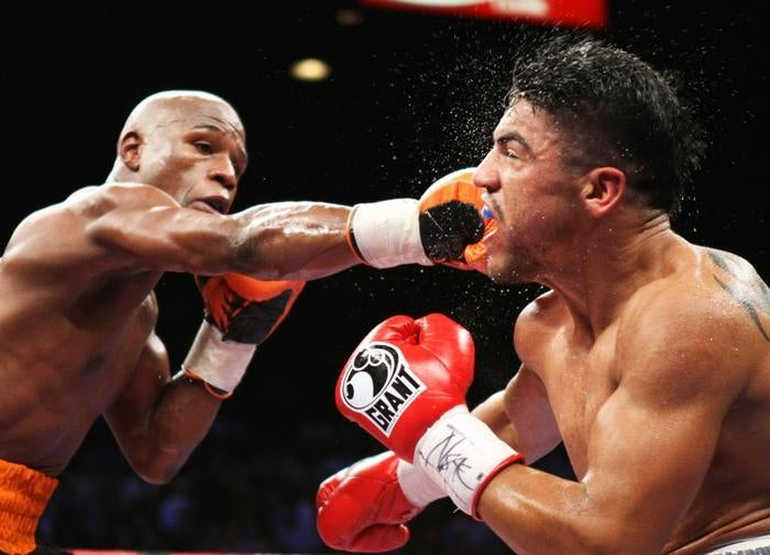 The Referee Tries To Explain What Happened In Mayweather-Ortiz