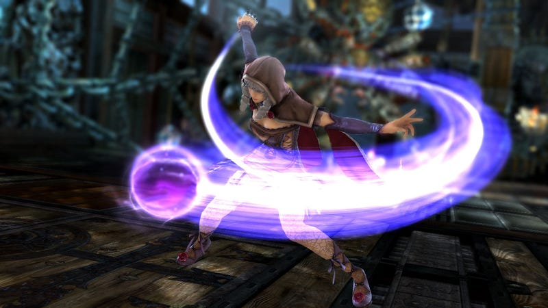 Watch Soulcalibur V's Two New Additions, Astaroth and Viola, Smash It up