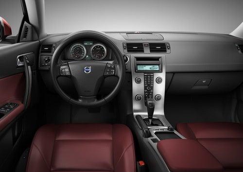 2010 Volvo C70 Convertible Gets Hard Again For Frankfurt