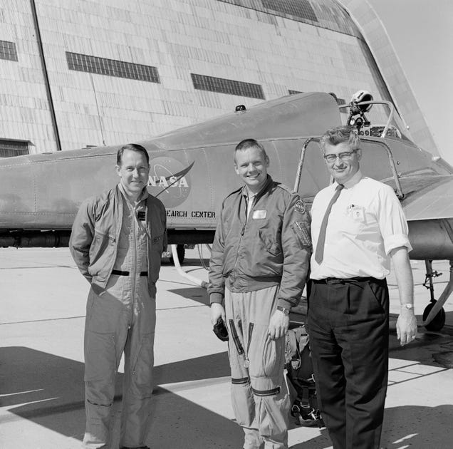 Happy Birthday Ames! Awesome Photos From 75 Years of Aerospace Research