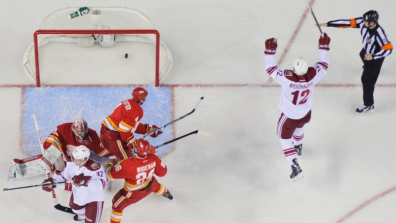 Paul Bissonnette Has A Three-Game Point Streak, Is History's Greatest Hockey Player