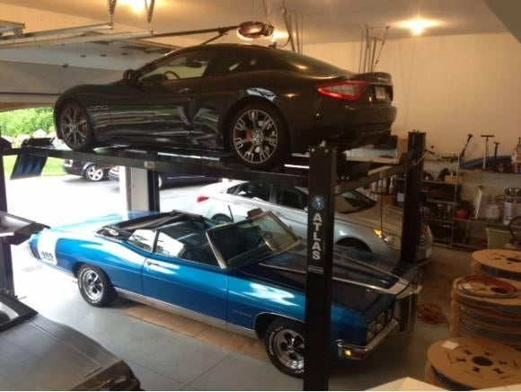 That is a great garage!