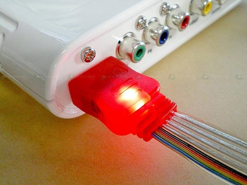 Light-Up HDMI Cables Make Sense, But Not Like This