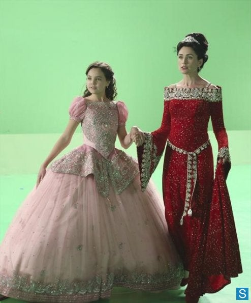 Once Upon a Time Behind the Scenes Photos Episode 2.15