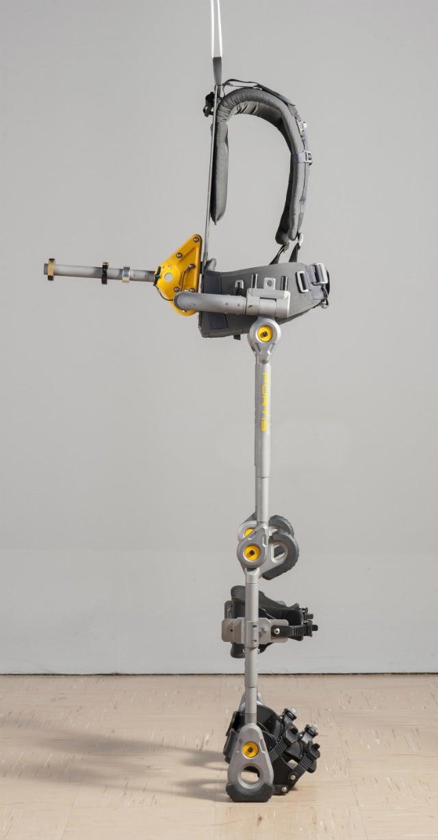 This Passive Exoskeleton Makes 36 Pounds Feel Like Nothing
