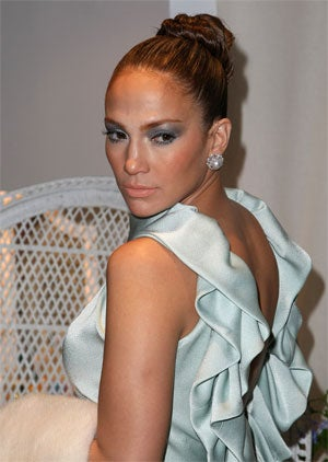 Why Does Jennifer Lopez Hide In The Storage Closet At Airports? (Hint: It's Not The Paparazzi!)