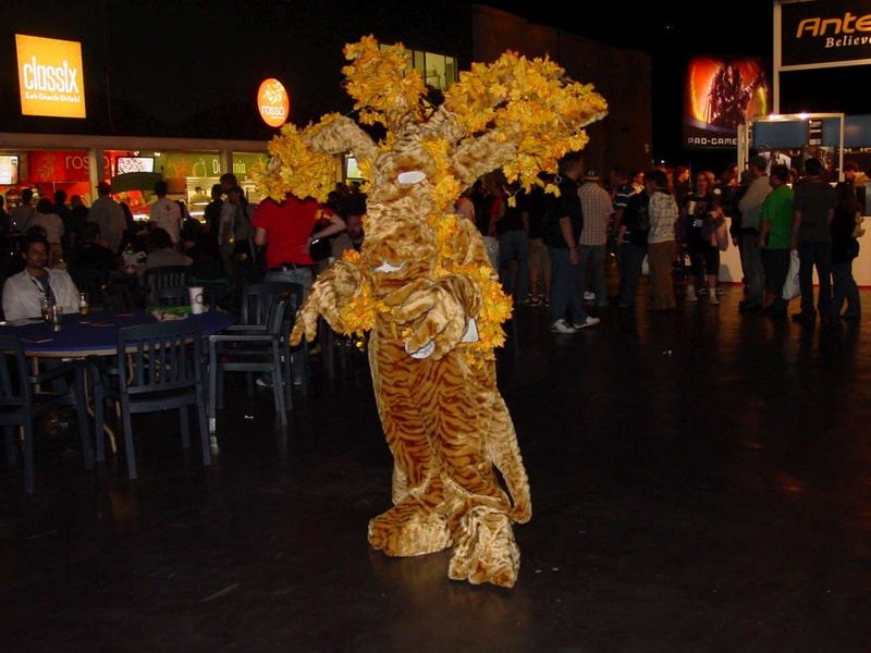 BlizzCon 2010 Cosplay Blowout Part Two: Trolling For Chicks