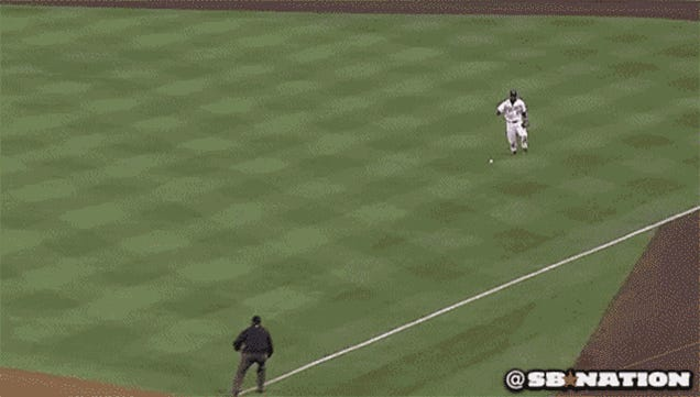 Yasiel Puig Initiates Launching Sequence, Throws Out Marlon Byrd