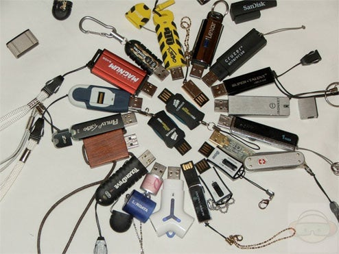 An Extensive, Obsessive Performance Test Of... USB Keys?