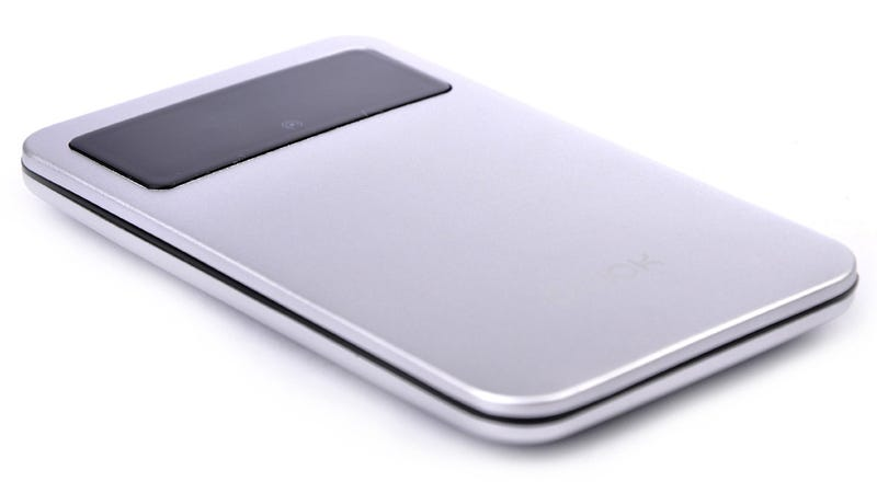 Pop-up Ports Keep this Backup Battery Slim and Svelte