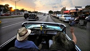 A Jalopnik Woodward Dream Cruise Meetup, Cadillacs set a record, and car sales will soon suck