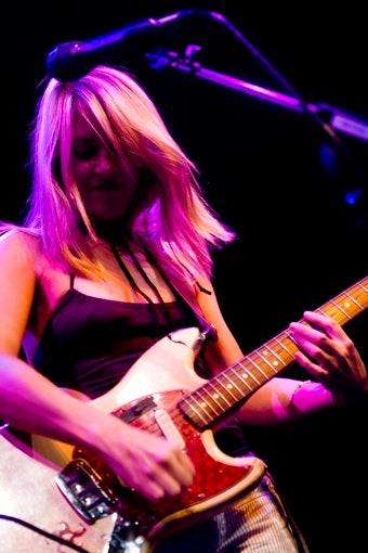 "Liz Phair Raps, Confuses In Her New Single, ""Bollywood"""