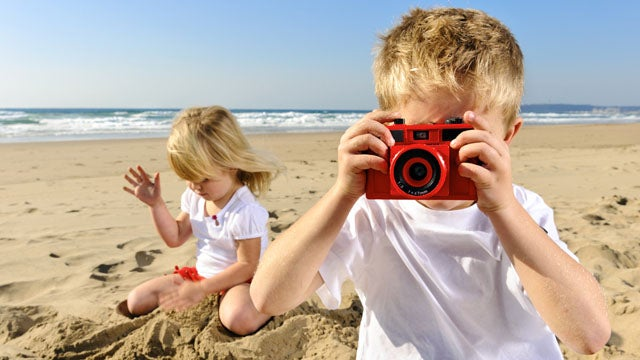Should Photographing Other People's Kids Be Illegal?