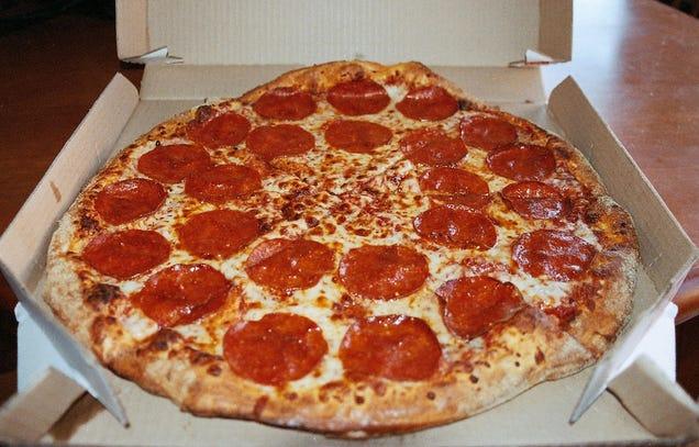 Fucking Pizza 51