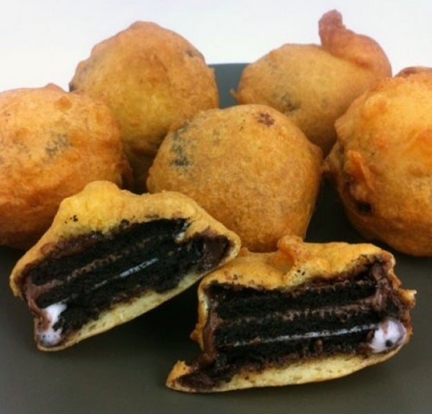 Deep Fried Oreo Cookies