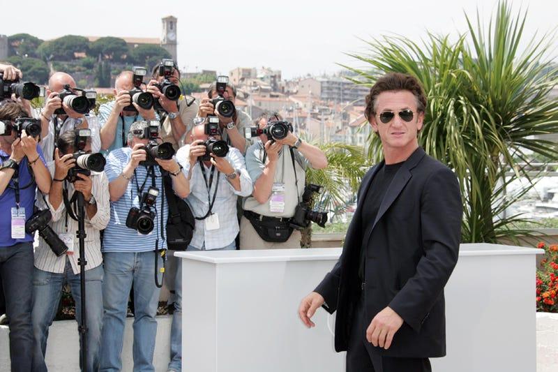 """Sean Penn: """"Photographers? Where?"""""""