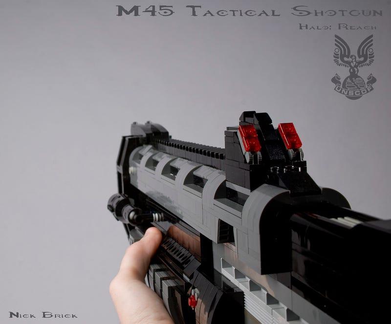 Some Guy Built a 1:1 Replica Halo Shotgun (Out of LEGO)
