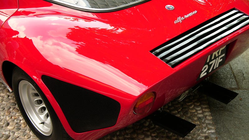 Searching for crap angles on the Alfa Romeo 33 Stradale