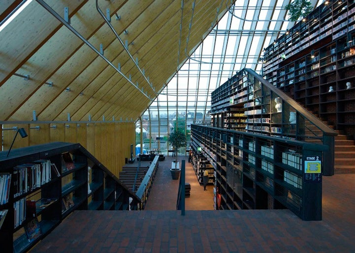 A glass pyramid filled with nothing but books