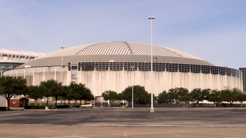 How Can Houston Preserve Its Aging Astrodome?