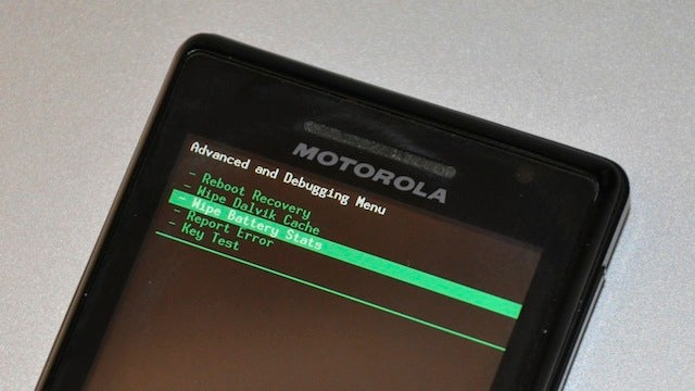 Get Better Battery Life on Your Rooted Android Phone by Wiping Its Battery Stats