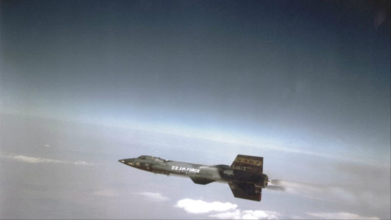 The Experimental Hypersonic Rocket Plane That Ushered in the Space Age
