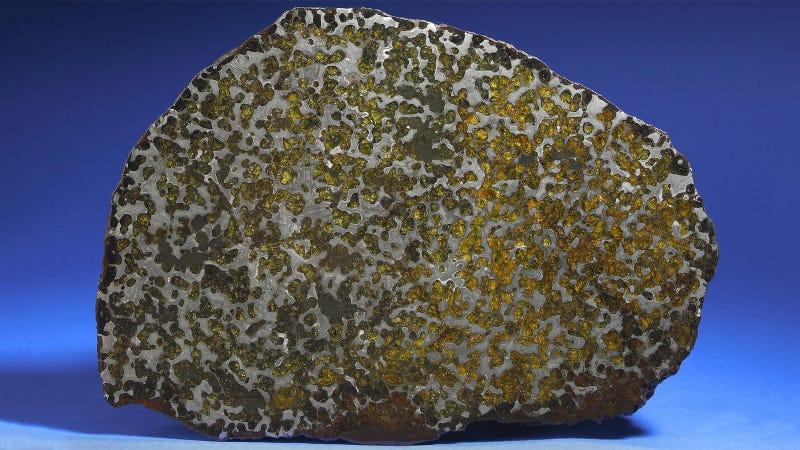 30 Starry Wonders Hiding Inside of Dull Meteorites